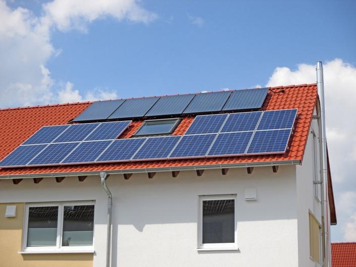 Solaranlage kombiniert mit Wärmepumpe